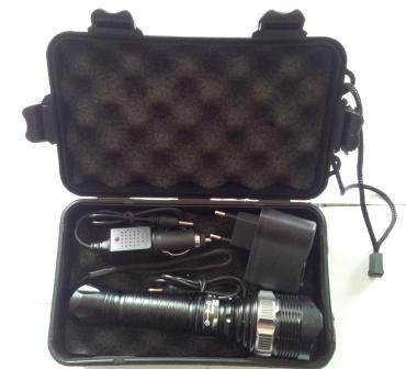 Svítilna nabíjecí 3W CREE Pavexim S-800