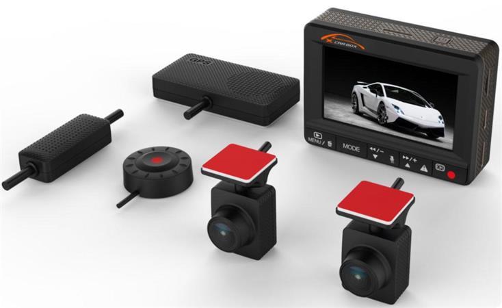 """CEL-TEC K1S DUAL - duální palubní kamera do auta 2x Full HD, GPS, microSD/SDHC, WDR, 2.7"""" LCD, černá"""
